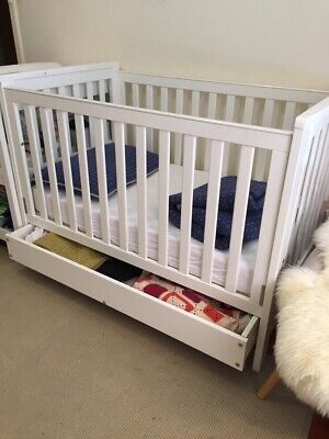 Grotime 3 In 1 hadley cot with trundle RRP $699