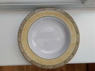 """Wedgwood Home Florence Pasta/Soup Bowl 9"""""""