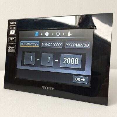 "7"" Digital Photo Frame (Sony DPF-C70A)"
