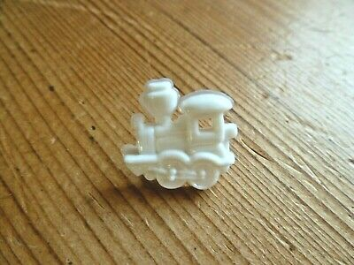 8 x 17mm Novelty White And Yellow Train Shaped Buttons #1028