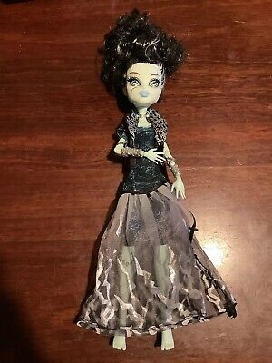Monster High 2008 Mattel Frankie Stein Ghouls Rule Doll VGC