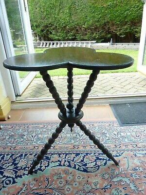 Antique Victorian Country House Turned Bobbin Clover Leaf Gypsy Table