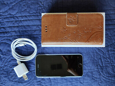 Apple iPhone 6s - 64GB - Space Gray (Unlocked) A1633 - Original box included