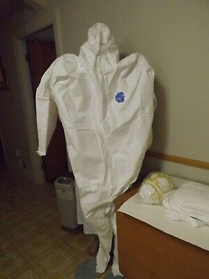 DuPont TY122S Disposable Elastic Wrist Bootie Hood White Tyvek Coverall QTY 6&10