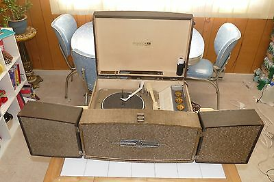 Restored 1959 RCA VP-33K portable tube stereo phonograph w/ detachable speakers!