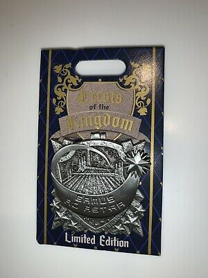 Disneyland Crests Of The Kingdom Space Mountain LE Tomorrowland Disney Pin