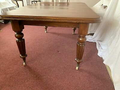 antique Victorian Mahogany Dining Table