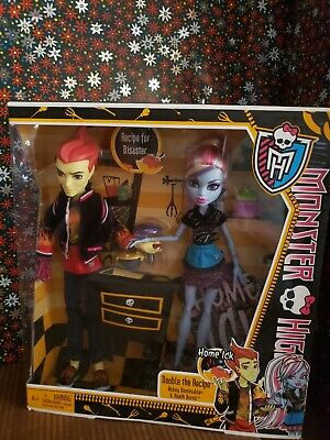 Monster High-Home Ick Double the Recipe Abbey Bominable & Heath Burns NEW w/BOX