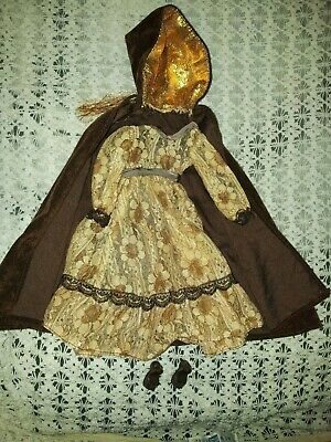 Sindy Vintage 1979 Premiere Girl Outfit Dress Cape Shoes