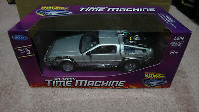 Welly Back To The Future DeLorean Time Machine Diecast 1:24 BTTF