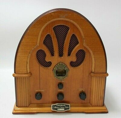 Vintage Style Wooden Cathedral Thomas Collector's Edition Radio No. 0771 WORKING