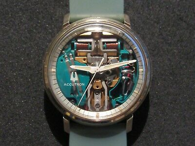 Restored 1970 GENUINE BULOVA Accutron 214 Spaceview Chapter Ring Mens Watch