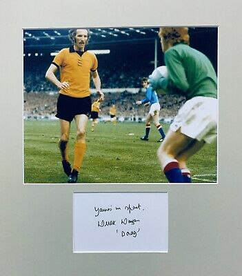 Derek Dougan HAND SIGNED White Card & 10x8 Wolves Legend Photograph *In Person*