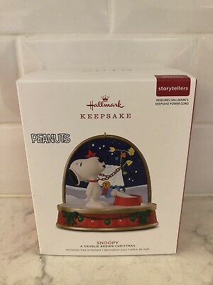 "Hallmark Ornament 2018 Snoopy ""A Charlie Brown Christmas"""