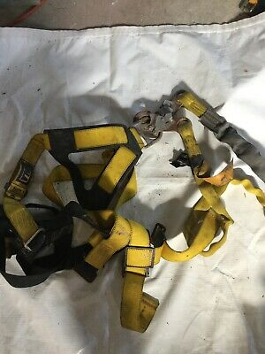 Confined Space Harness Universal Size With Shock Lanyard
