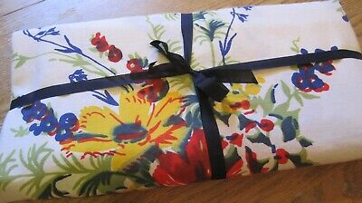 Beautiful Large Vintage Floral Wilendur Tablecloth 80x62 with Hang Tag Red Blue