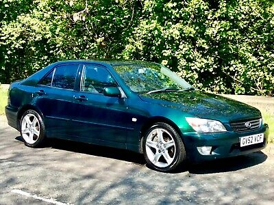 2002 Lexus Is 200 2.0 Sport**Leather**Heated/Seats**Air/Con**6 Speed**Alloys**
