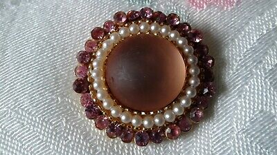 A Pretty Vintage Gold Tone Pink Glass Cabochon, Rhinestones, Faux Pearls Brooch