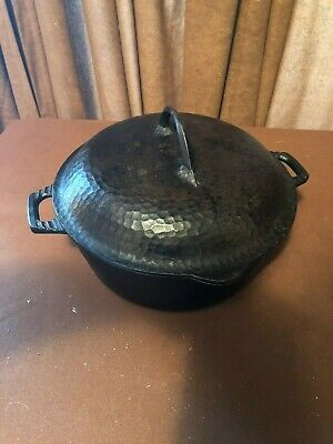 Hammered Antique Cast Iron Dutch Oven Unbranded 10 Inches Across 4 Inches Deep