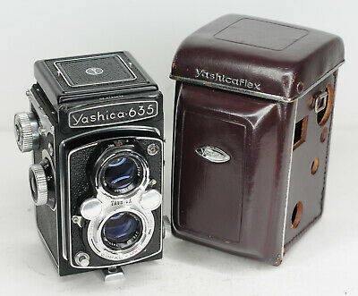 Yashica 635 TLR 6x6 Roll Film Camera with 80mm f/3.5 Lens (3634BL)