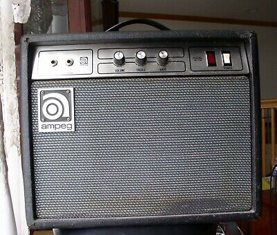 Vintage  Circa 1977 Ampeg G-18 Small Combo Amplifier ...Sounds Great