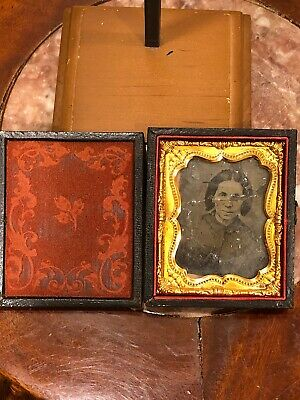 Vintage Early 1900s Carved Folding Wood & Copper Picture Frame