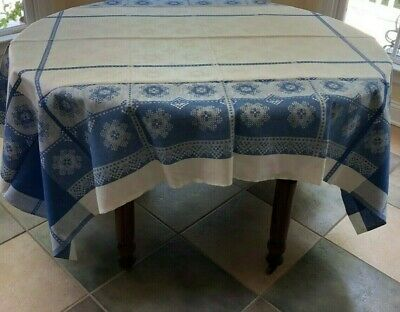 New Blue and White Linen Table Cloth and 4 Matching Napkins