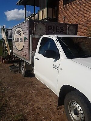 Mobile Food Van  .PM WITH A REASONABLE OFFER.