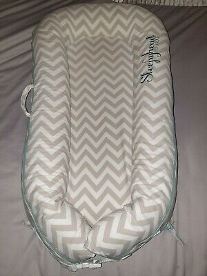 Pod 0 to 8 Months Sleepyhead Deluxe Chevron design vgc