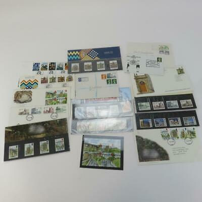 Selection of Official 15 Royal Mail Buildings of Britain Themed Postage Stamps