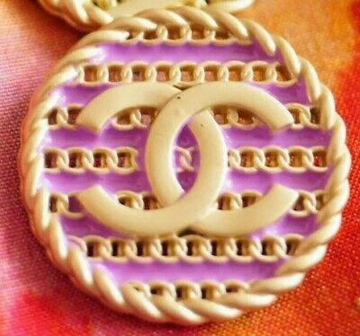 BEAUTIFUL CHANEL BUTTON CC LOGO LARGE 20.2mm GOLD TONED METAL price for 1 button