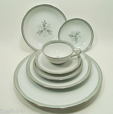 Noritake China LUCILLE 5813 Japan 7 Pc Place Setting(s)