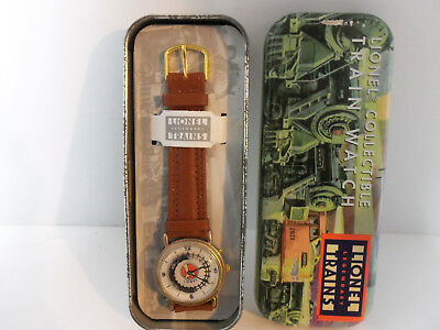 Vintage LIONEL Collectible Disc Moving Train Wrist Watch in Tin Never Worn