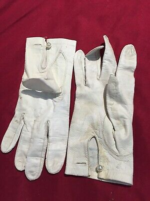 Vintage Antique 1900s 1940s Womens Gloves White Leather Kid Made in France 7.5