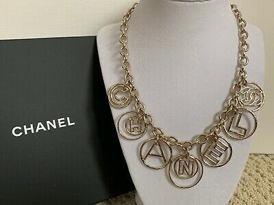 NIB Chanel Coco Cuba Letter CC Logo Round Charm Gold Tone Chain Collar Necklace