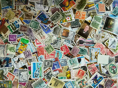 World Stamps 82G (About 1000 + Stamps) Mix Worldwide Lot