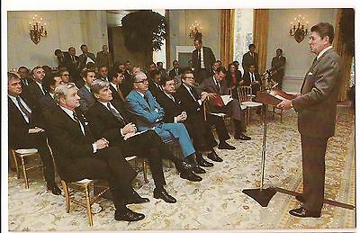President RONALD REAGAN POSTCARD Addresses SENATE REPUBLICANS White House 1981