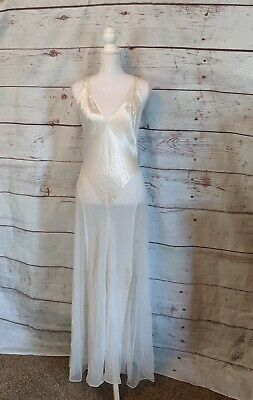 Beautiful Victoria's Secret Cream Full Length Night Gown Sz Small Nwt