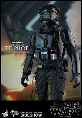 Hot Toys 1/6 MMS324 Star Wars Force Awakens First Order Tie Pilot Action Figure