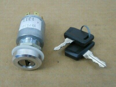 Snap 15A No Rlr NEW OLD STOCK Tennant OEM Part # 59965 Switch