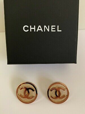 NIB Chanel Iconic Large CC Logo Mesh Gold Tone Round Medallion Stud Earrings