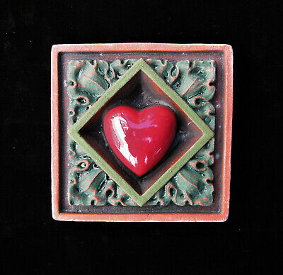 Heart   Valentine   Love  Charity   Arts And Crafts    Gothic  Ellison Tile