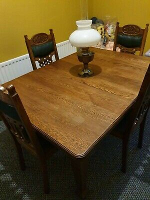 Antique solid oak extendable dining table great condition