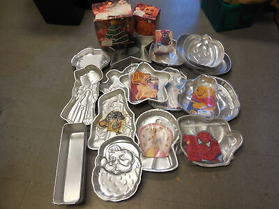 Lot of Wilton Cake Pans Very Good Condition