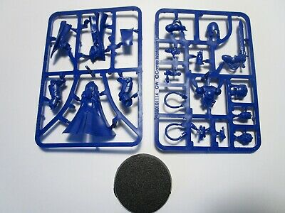 Warhammer 40k Space Marines Primaris Librarian from CONQUEST Blue Plastic NEW