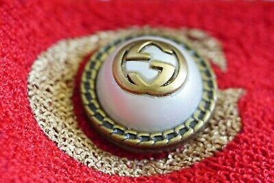 100% Authentic  GUCCI  buttons lot of 3  size  22 mm  0,8 inch   Logo GG large