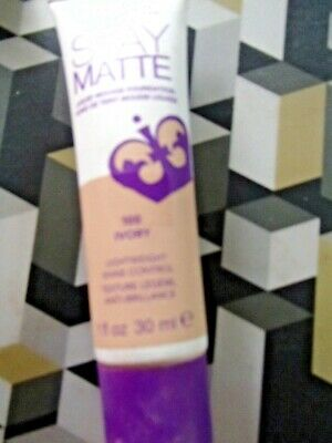 Rimmel Stay Mattee Liquid Mousse Foundation  -- Colour Ivory ---30 Ml