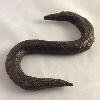 Characterful Diminutive 19th Century 'S' hook in wrought iron