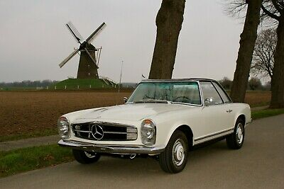 Mercedes 230 SL Pagode W113