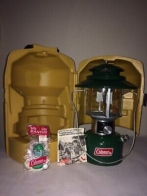 Vintage Green Coleman Big Hat Lantern 228J 1975 w Yellow Carrying Case Untested